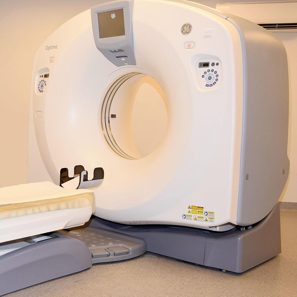 obrazek z aparatem do wykonania badania rezonansem magnetycznym