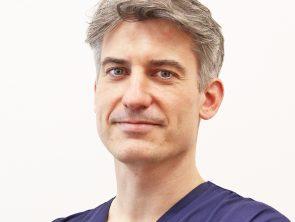 dr n. med. Tomasz Deja