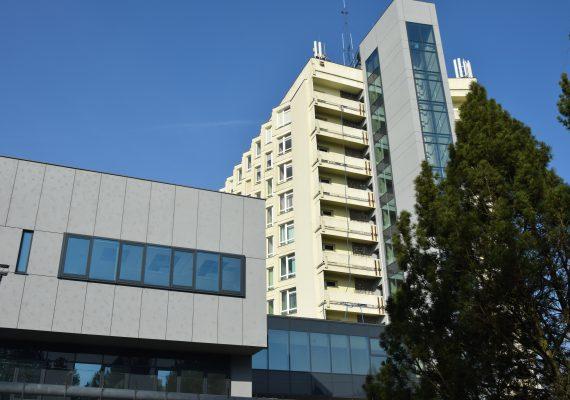 Mobilny Punkt Pobrań  - wymaz COVID-19 przy SP ZOZ MSWiA wPoznaniu im.prof.Ludwika Bierkowskiego