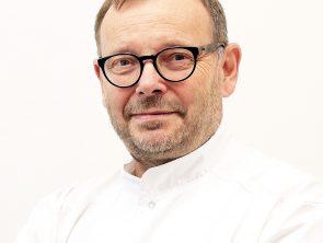 dr n. med. Tomasz Woźny